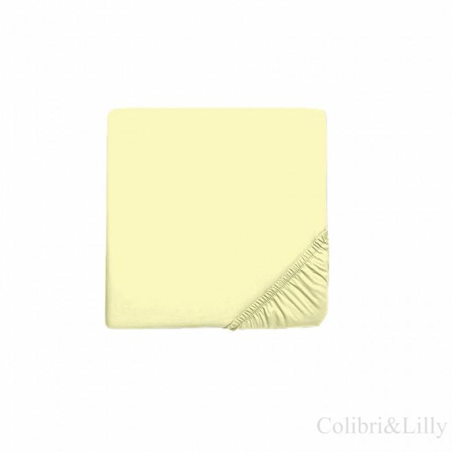 Простыня на резинке в кроватку (Цвет: лимонный)